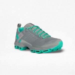 Tenis On Cloudsurfer Gris/Verde Mujer - Run4You.mx
